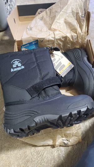 Kids Snow Boots Kamik Size 3 Black New for Sale in Miami, FL