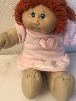 Original Cabbage Patch Girl Doll. From 1982. Size 16 inches . Preowned Good Condition for Sale in Lakewood,  CA
