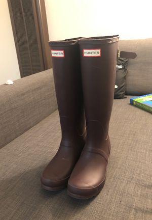 Hunter rain boot mid full calf size 7 W purple for Sale in American Canyon, CA