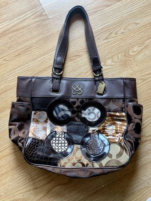 coach Hand bag for Sale in Kenosha, WI