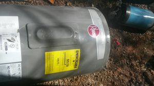 Hot water tank 100 gl for Sale in Moriarty, NM