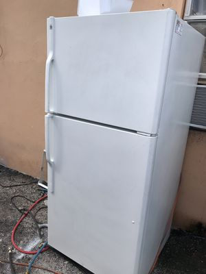 Refrigerator apartment zise for Sale in West Palm Beach, FL