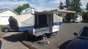 2006 Flagstaff pop up camper trailer for Sale in Tacoma, WA