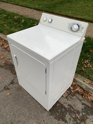 Free GE Dryer on the curb Massapequa for Sale in North Massapequa, NY
