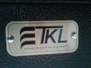 TKL BASS GUITAR HARD SHELL CASE - SAVE !!! for Sale in El Cajon, CA