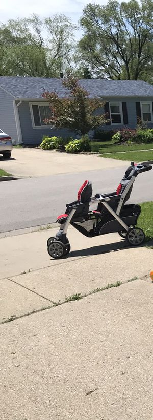 Gracco Double stroller for Sale in Streamwood, IL