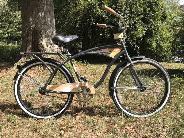 Bicycle - stylish beach cruiser bike - mint condition