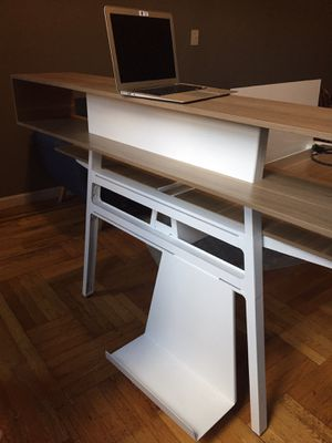 Steelcase Bivi Modular Office Desk for 2 for Sale in Brooklyn, NY