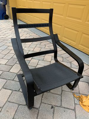 Free chair, no cushion for Sale in Oakland Park, FL