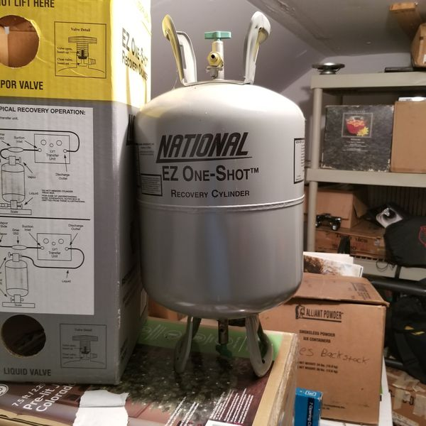 Brand new freon recovery tank