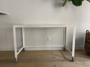 White Rolling Desk for Sale in Lake Worth, FL