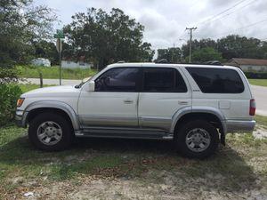 98 Toyota 4Runner for Sale in Fellsmere, FL
