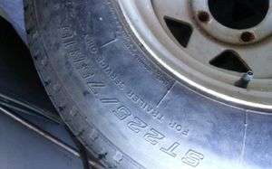 3 trailer tires whit wheels 5 lug. for Sale in Modesto, CA
