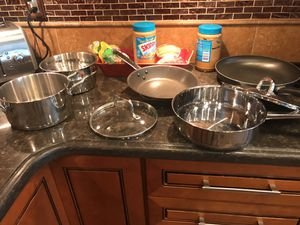 Kitchen pots and pans 20$ takes all for Sale in La Mesa, CA