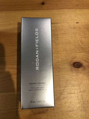 Rodan+Fields Almond Perfecting SPF liquid (shipping available) for Sale in Modesto, CA