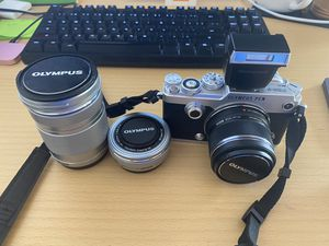 [SCV] Olympus PEN-F with flash + 25mm 14-42mm and 40-15mm lenses $700 for Sale in Santa Cruz, CA