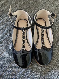 Toddler Girl Size 9 Flats  for Sale in Snohomish, WA