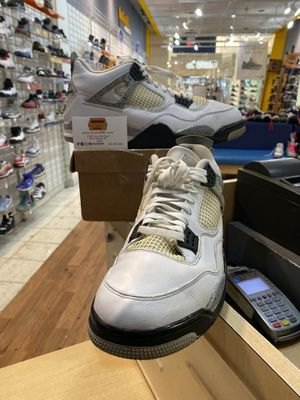 Air Jordan 4 OG White Cement 2016 Size 13 for Sale in Silver Spring, MD