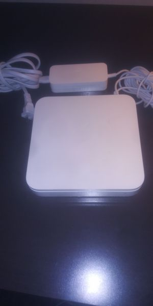 APPLE WIFI ROUTER (Airport extreme base station) for Sale in Tempe, AZ