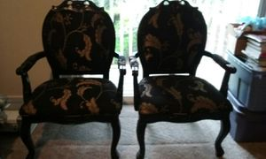 Pair of chairs for Sale in Des Moines, WA
