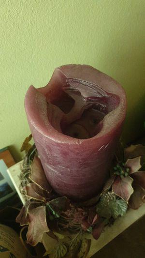 "11.5"" pillar candle 6"" diameter + wreath for Sale in Renton, WA"