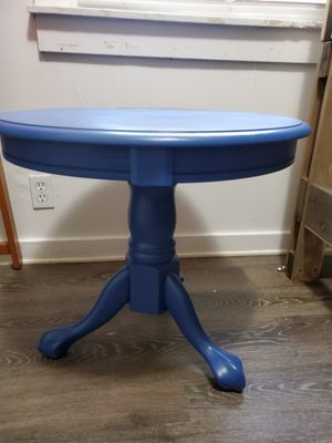 Solid oak short table for Sale in Oroville, CA