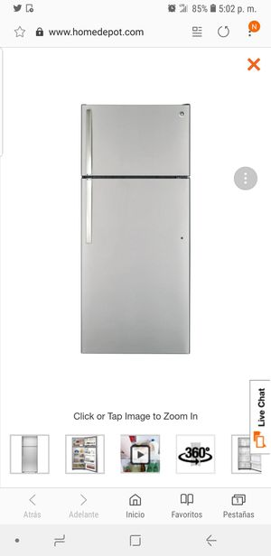 17.5 cu. ft. Top Freezer Refrigerator in Stainless Steel for Sale in Manassas Park, VA