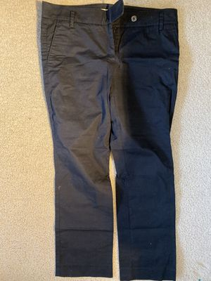 Burberry Women Pants size 6 for Sale in Natick, MA