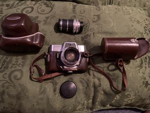 Antique camera and leather carrying case for Sale in San Antonio, TX