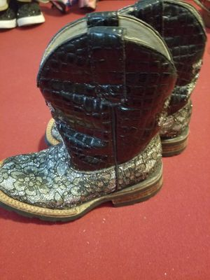 Girls size 11 Ferrini glittery lace Boots look new for Sale in Ruskin, FL