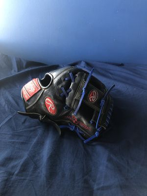 Baseball glove for Sale in San Dimas, CA