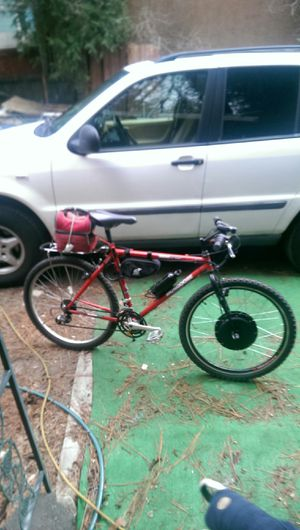 Mongoose 40v15ah electric bicycle for Sale in Crestline, CA