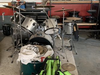 Drum Sets And Equipment for Sale in Vancouver,  WA