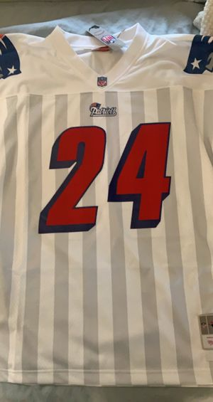 Mitchell & Ness Ty Law Patriots Jersey for Sale in San Antonio, TX