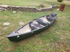 14' Canoe w/ Motor and Accessories for Sale in Ruma, IL