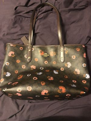 Coach purse for Sale in Plant City, FL