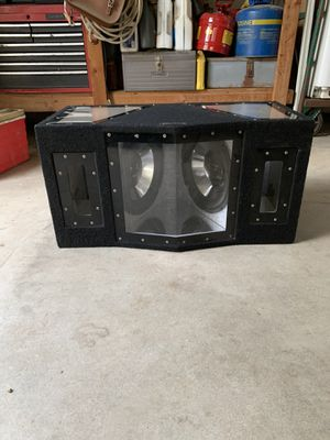 C4 subwoofer 600W for Sale in Los Angeles, CA