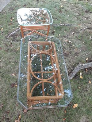 VINTAGE BAMBOO COFFEE TABLE END TABLE BOHO for Sale in Eatontown, NJ