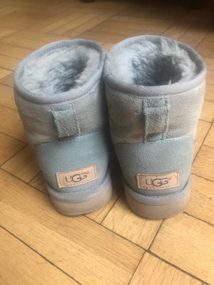 UGG size 6 for Sale in Pittsburgh, PA