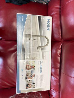 MOEN Essie smart kitchen Faucet $400 for Sale in Pembroke Pines, FL