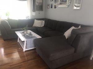 Living room set for Sale in Toms River, NJ