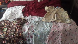 Free 5 mediums and 1 large for Sale in Norfolk, VA
