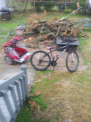 Mountain bike and bicycle trailer for Sale in Hampton, VA