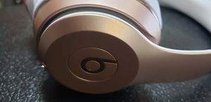 Mint! Apple Beats Solo wireless headphones pink gold and white A1796 for Sale in Largo, FL