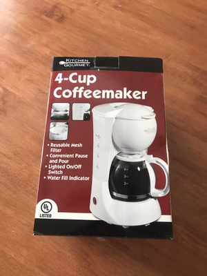 Gently Used 4 Cup Coffee Maker for Sale in Bexley, OH