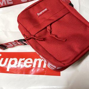 New Hypestuff supreme shoulder bag fanny pack waist bag messenger bag SS18 for Sale in New York, NY