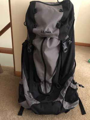 Day hiking backpack LL BEAN for Sale in Aliquippa, PA