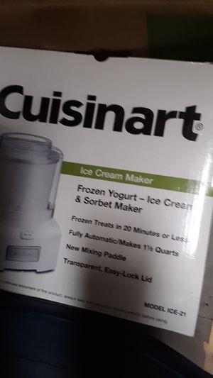 Cuisinart Frozen ice cream Maker for Sale in Williamstown, WV