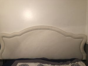 Bed Head board for Sale in Tampa, FL
