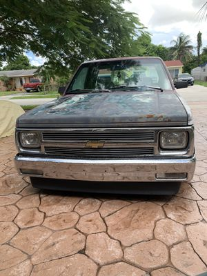Chevy s10 for Sale in North Lauderdale, FL